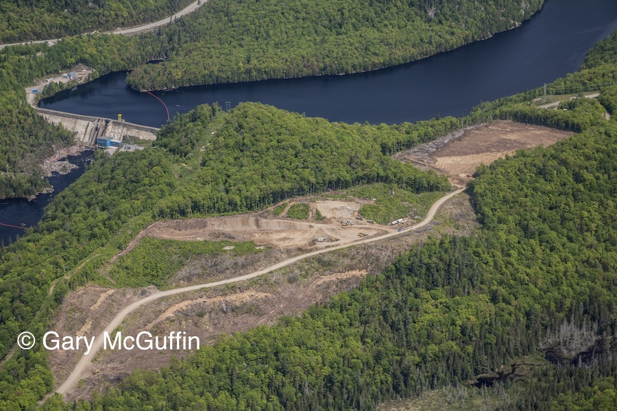 Bow Lake Wind Farm. Highway 17, Montreal River Dam. ©Gary McGuffin