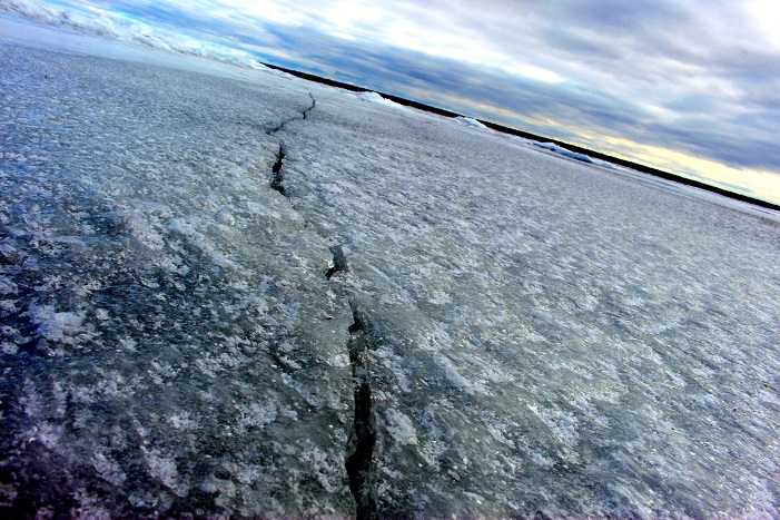Thin ice on Lake Superior, February 2016. Photo Credit: Meaghan Kent