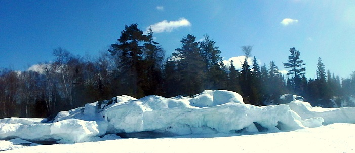 Vast ice ridge on Sawpit Bay, winter 2015. Photo credit: Meaghan Kent.